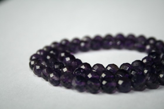 Amethyst Perlen, facettiert, 6 mm